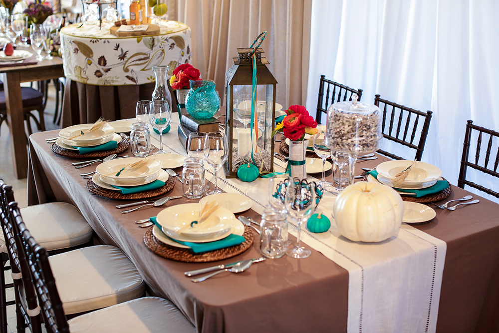 Thanksgiving table design 1