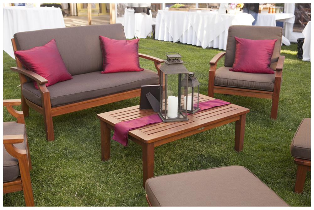 ... rent wood lounge furniture in wine country ...