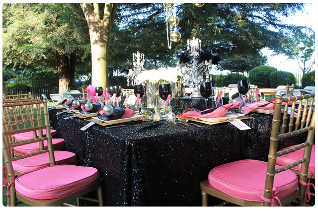 Sqaure Table | glam rock wedding table design