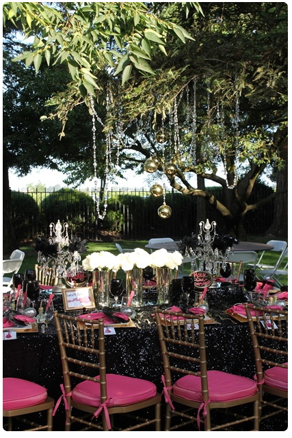 chandeliers | glam rock wedding table design