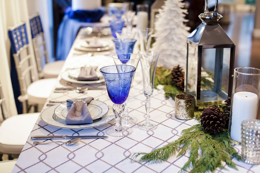 Holiday Tables - 25