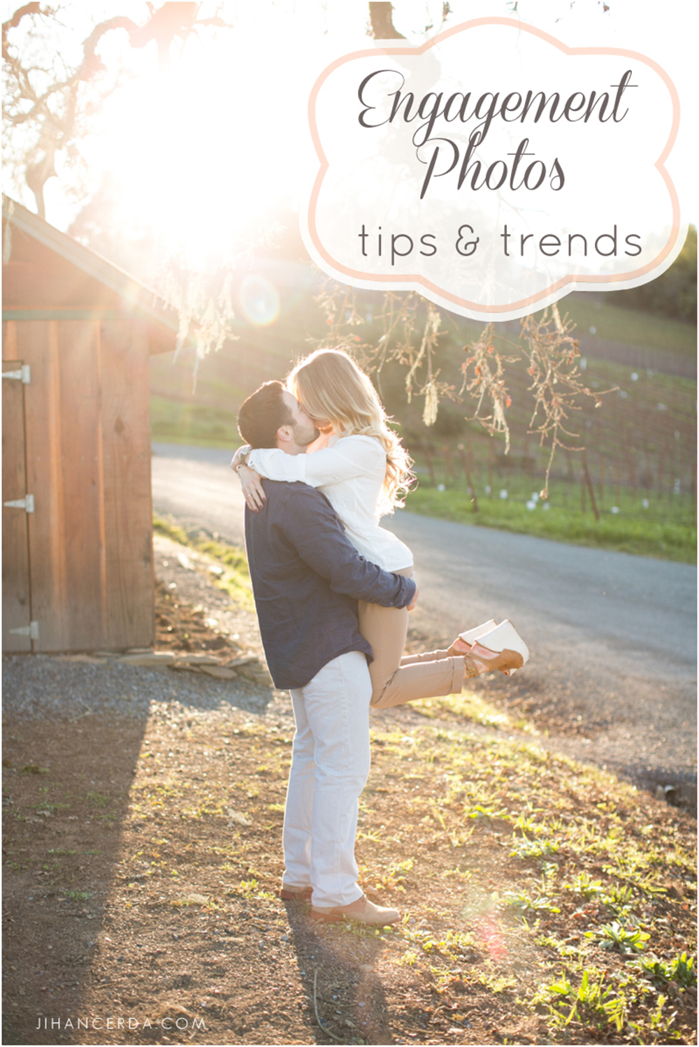 ENGAGEMENT PHOTOS TIPS AND TRENDS