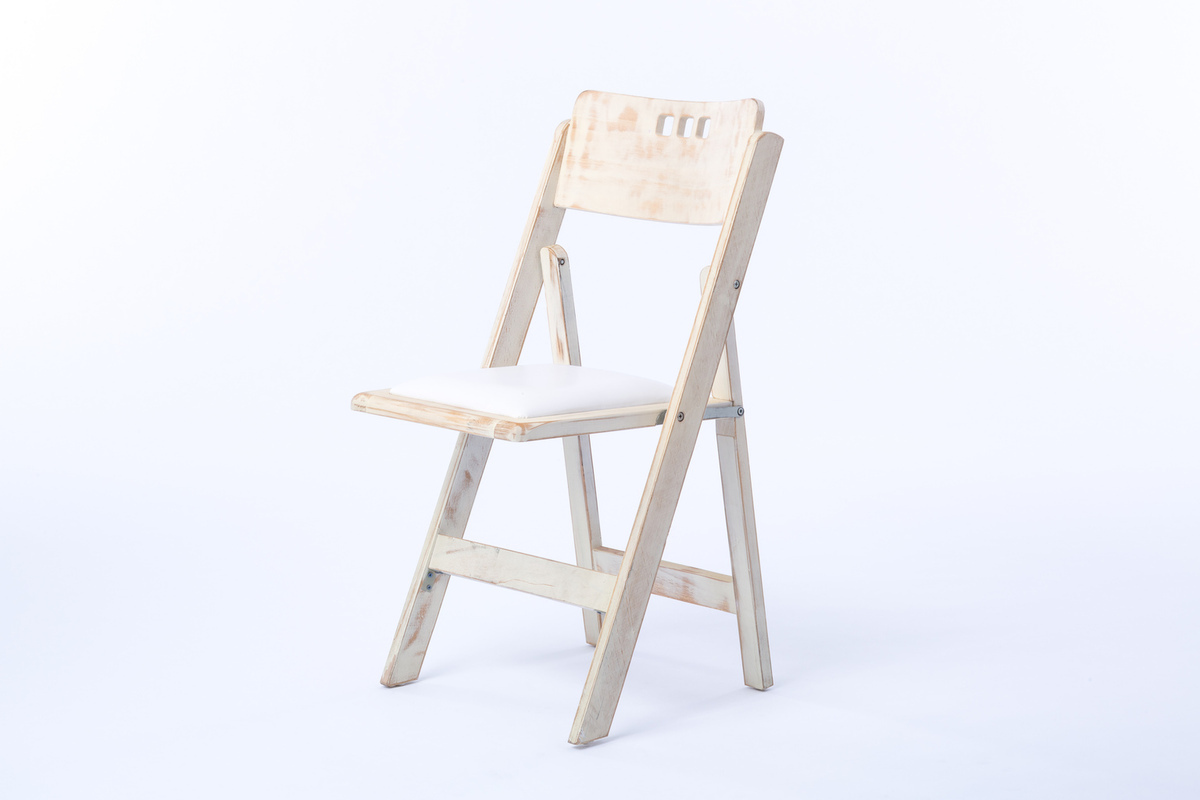 Delicieux Distressed Wood, 3 Hole Chair