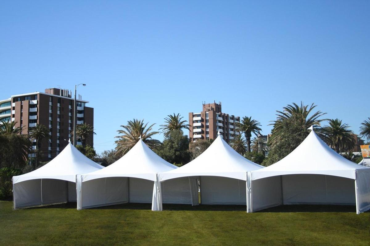 Choose the right tent size,Place the stage and dance floor & Arrange the furniture the best possible